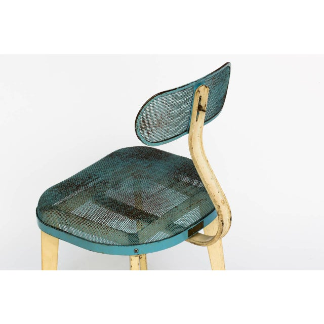 Metal Metal Mesh Chair in the Manner of Jean Prouve For Sale - Image 7 of 11