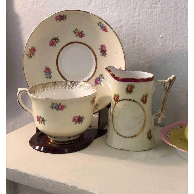 Colclough Creamer, Tea Cup and Saucer Set For Sale - Image 11 of 12