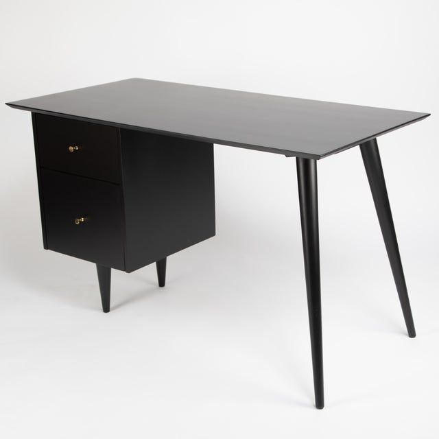 """Winchendon Furniture """"Planner Group"""" Paul McCobb Desk With Tapered Legs C. 1950s For Sale - Image 4 of 13"""