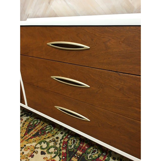 Mid-Century Broyhill Sculptra Buffet / Credenza - Image 5 of 7