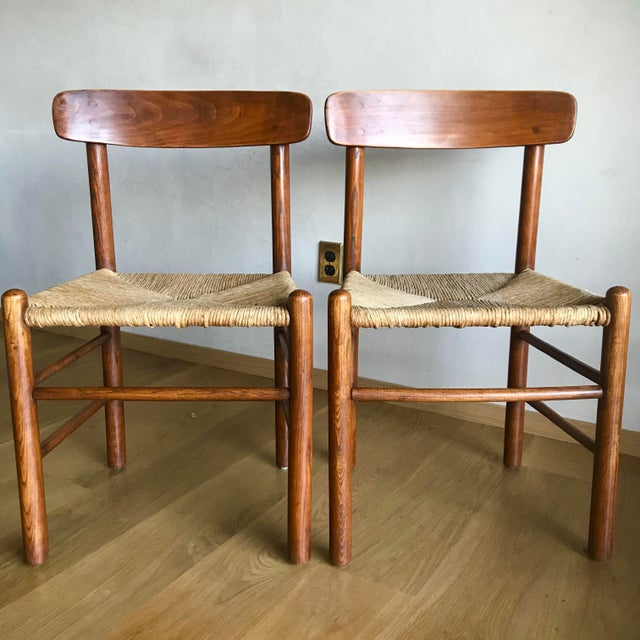 Børge Mogensen Mid Century Modern Early Edition Danish Børge Mogensen for Fredericia J39 Rush Rattan Chairs - Set of 4 For Sale - Image 4 of 12