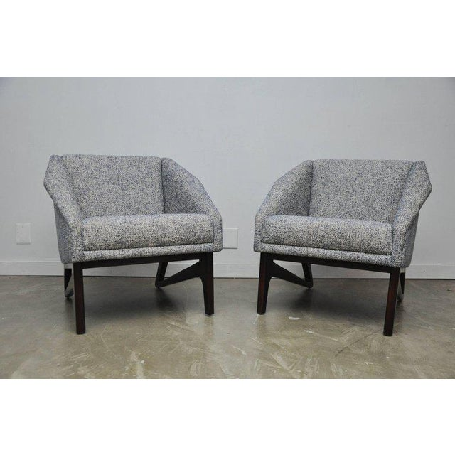 Pair of Italian Sculptural Form Lounge Chairs For Sale In Chicago - Image 6 of 7