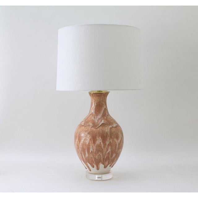 "Paul Schneider Paul Schneider Ceramic ""Athens"" Lamp in Drip Banded Coral Glaze For Sale - Image 4 of 4"