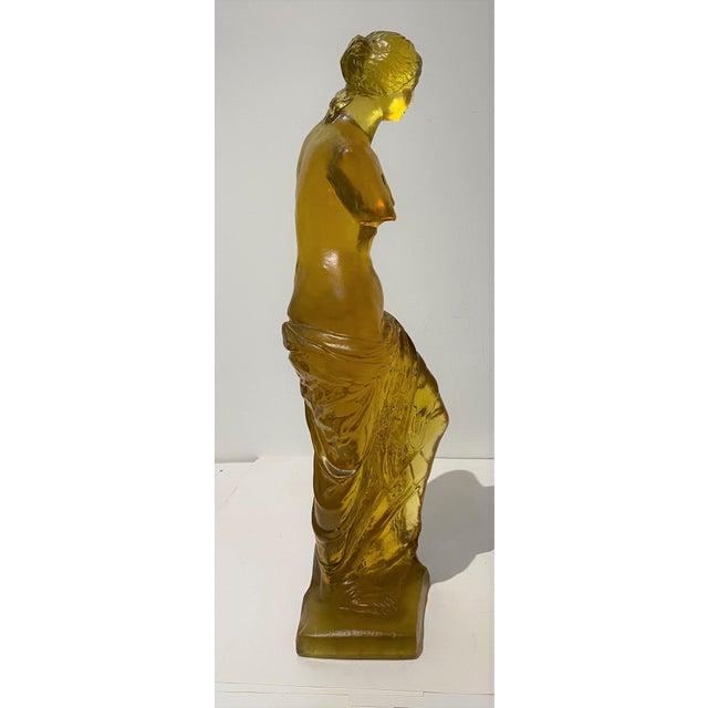 Resin Mid-Century Dorothy Thorpe Resin Venus De Milo Figure For Sale - Image 7 of 13