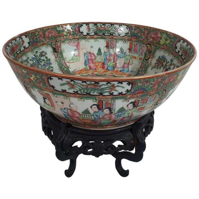 19th Century Asian Antique Rose Medallion Bowl on Stand For Sale In Philadelphia - Image 6 of 6