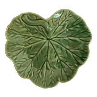Maison De Famille Small Majolica Cabbage Leaf Plate For Sale