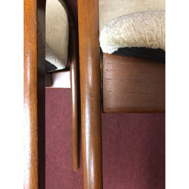 Mid 20th Century Danish Mid-Century Modern Chairs - a Pair For Sale In Chicago - Image 6 of 10
