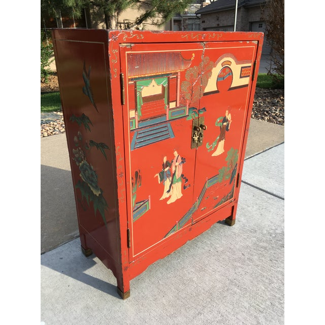 Japanese Early 20th Century Chinoiserie Hand Painted Cabinet For Sale - Image 3 of 13
