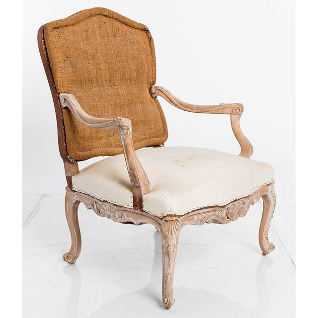 PAIR OF ANTIQUE LOUIS XV CHAIRS For Sale In New York - Image 6 of 6