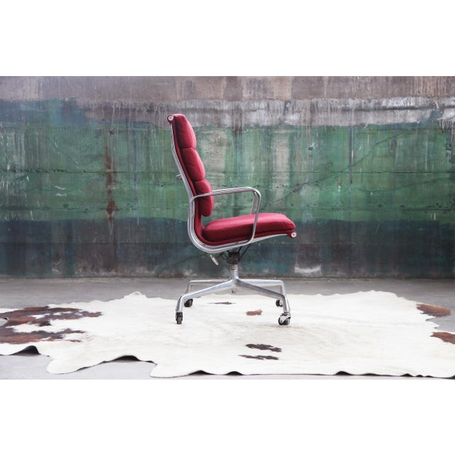 Mid-Century Modern 1980s Eames Herman Miller Aluminum Soft Pad Reclining Executive Office Chair For Sale - Image 3 of 13