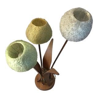 1960s Mid-Century Danish Modern Lucite Spaghetti Flower Table Lamp For Sale