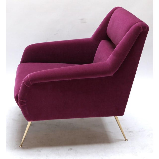 Mid-Century Modern 1960s Italian Style Fuchsia Mohair and Brass Armchairs - a Pair For Sale - Image 3 of 9