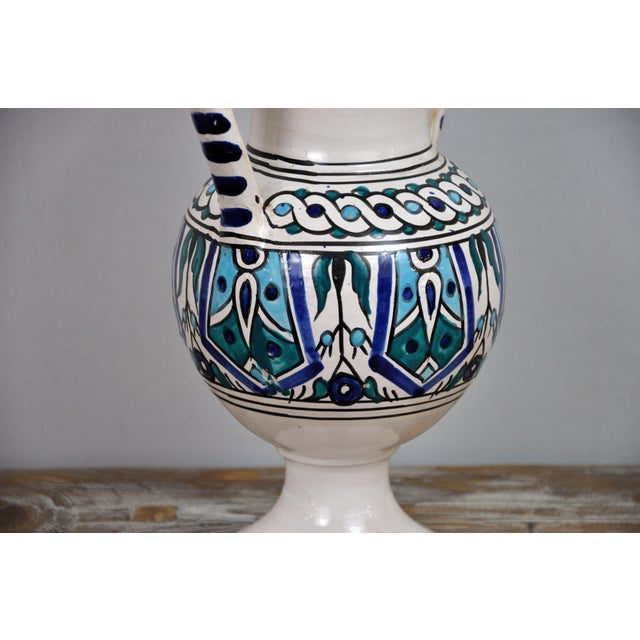 Ceramic Handpainted Vintage Italian Blue and White Decorative Vase For Sale - Image 7 of 13
