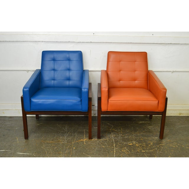 Plastic Mid Century Modern Pair of Walnut Frame Orange & Blue Lounge Chairs For Sale - Image 7 of 13