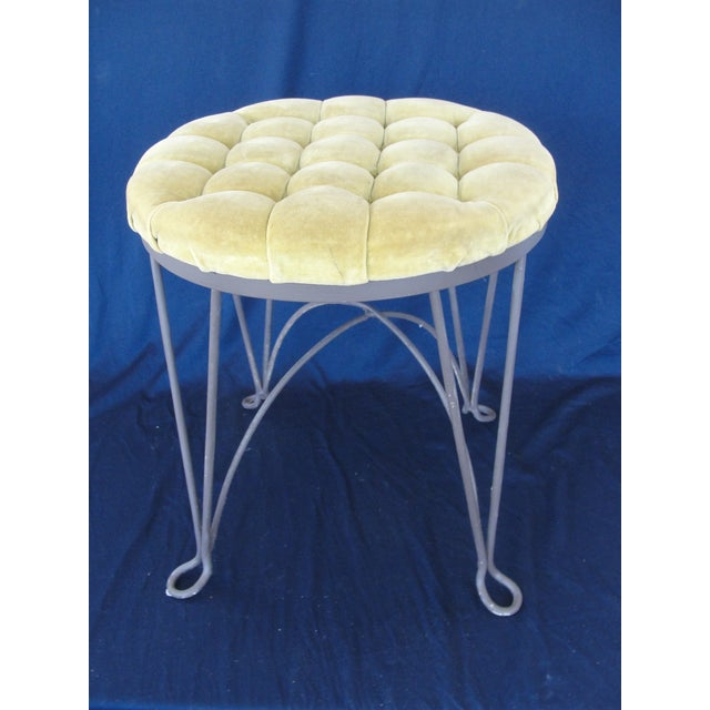 1960s 1960s Hollywood Regency Yellow Metal Wire Frame Vanity Stool For Sale - Image 5 of 7