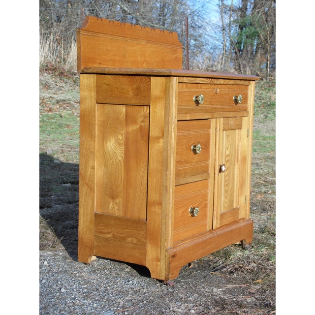 Antique Victorian Eastlake Oak Small Chest Commode Nightstand Washstand Cabinet For Sale - Image 10 of 13