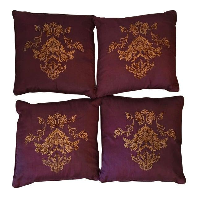 great gold pillows decortoss s pillow artist dorm from community home ideas accent pillowsaccent gift pin