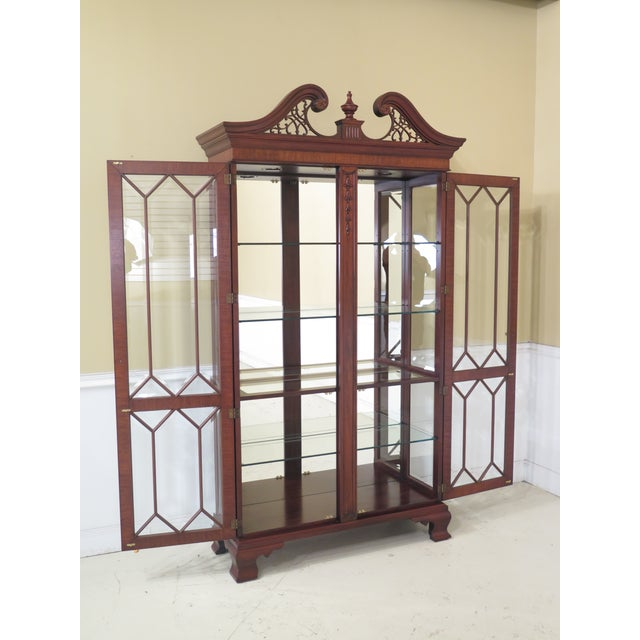 Henkel Harris Model #2348 Mahogany Curio Display Cabinet For Sale - Image 9 of 12