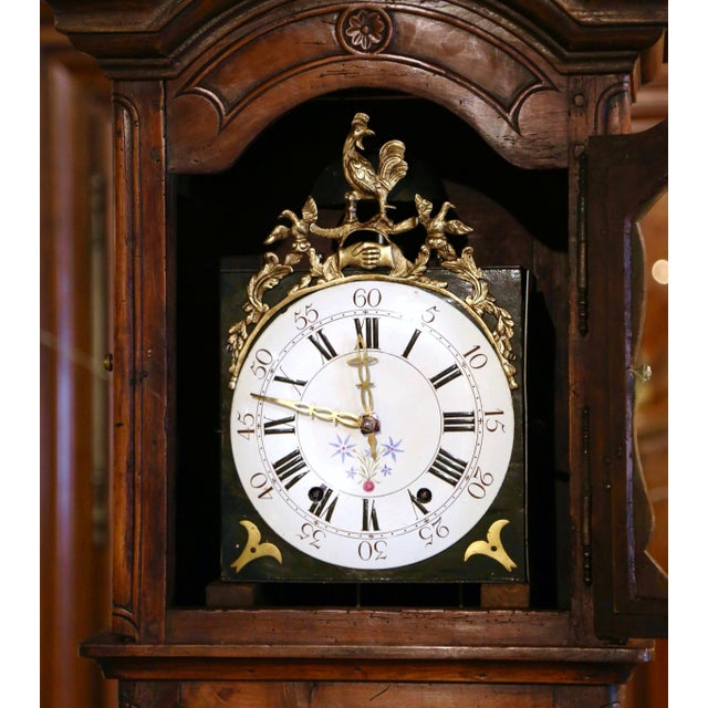 18th Century French Louis XV Carved Walnut and Burl Case Clock With Rooster For Sale In Dallas - Image 6 of 12