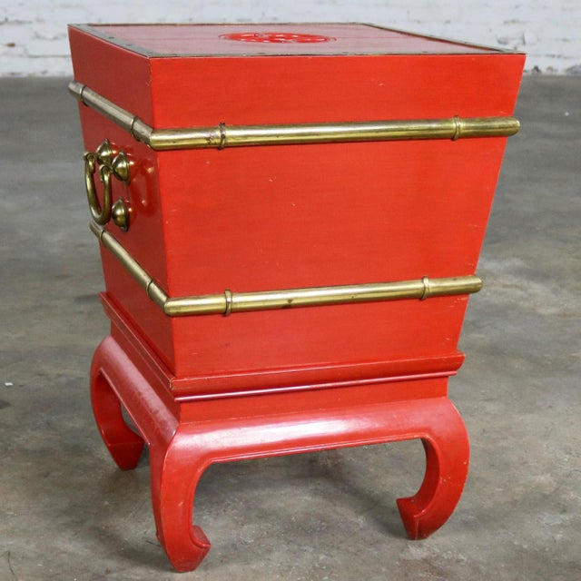 Red Chinese Red Lacquer and Brass Accent Table Removable Ice Chest Style on Hoof Foot Base For Sale - Image 8 of 13