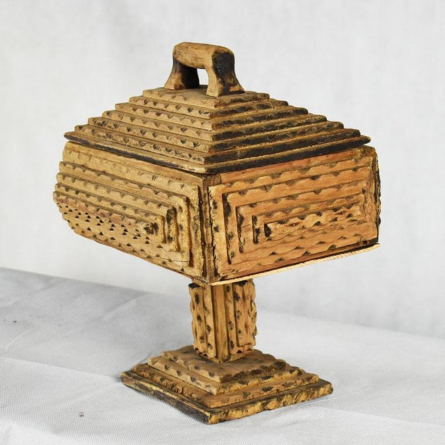 Wood Antique Hand Carved Wood Tramp Art Keepsake Box With Lid on Stand For Sale - Image 7 of 8