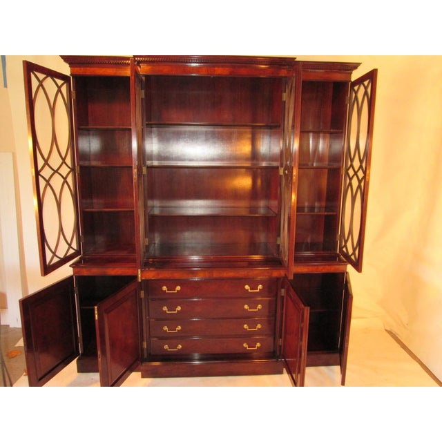 Brown Old Colony Mahogany Breakfront Cabinet For Sale - Image 8 of 11