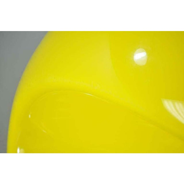 Yellow 1960s Vintage Eero Aarnio for Asko Yellow Fiberglass Pastille Pod Gyro Lounge Chair For Sale - Image 8 of 11