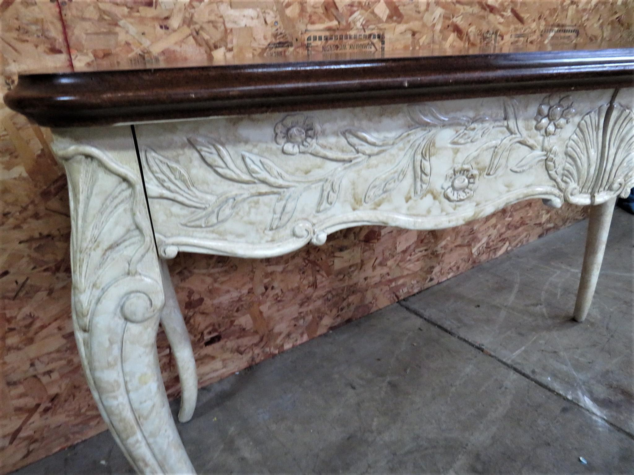 Merveilleux French French Style Faux Painted Carved Console Table For Sale   Image 3 Of  6