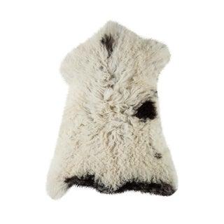 "Contemporary Hand-Tanned Sheepskin Pelt Rug - 2'0""x2'8"" For Sale"
