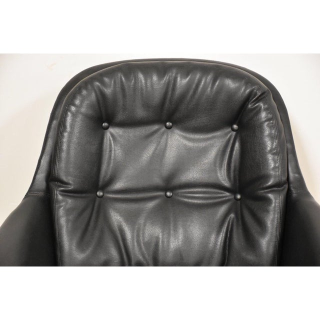 Black & Chrome Mid Century Lounge Chair For Sale In Boston - Image 6 of 9