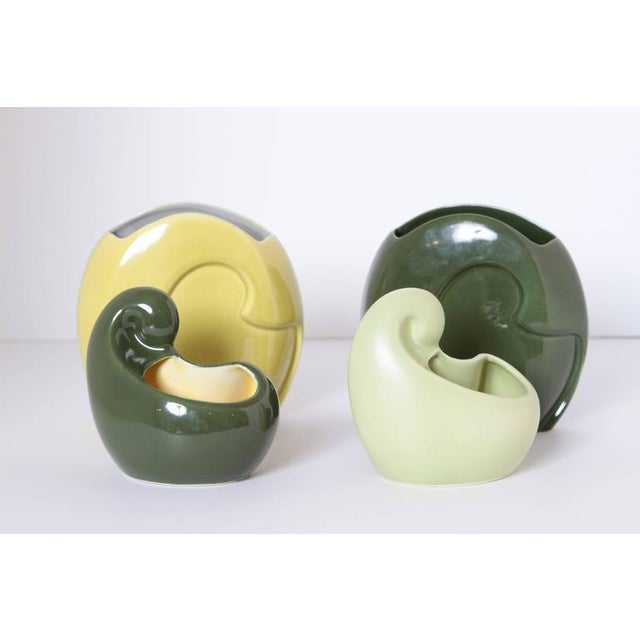 Pair of Belle Kogan Patented Pairs Nesting Biomorphic Mid-Century Vases for Red Wing For Sale In Dallas - Image 6 of 11