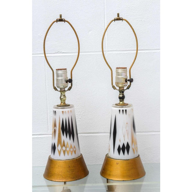 Beautiful pair of glass diamond design MCM lamps from the USA 1950s