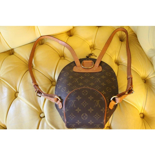 2000s Small Louis Vuitton Backpack Monogramm Bag For Sale - Image 5 of 12