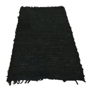 Handwoven Recycled Cotton Onyx Rug - 3′3″ × 5′9″ For Sale