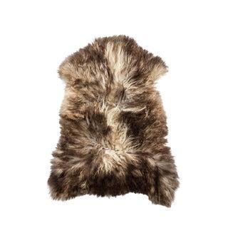 "Contemporary Long Soft Wool Sheepskin Pelt - 2'5""x3'3"" For Sale"