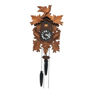 Vintage Black Forest Cuckoo Clock For Sale