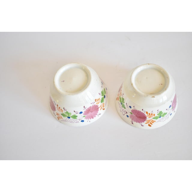White Antique C. 1810-1820 Pink Luster Staffordshire Creamware Tea Bowls - a Pair For Sale - Image 8 of 13