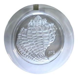 1972 Signed Lalique France Crystal Annual Plate Shell For Sale
