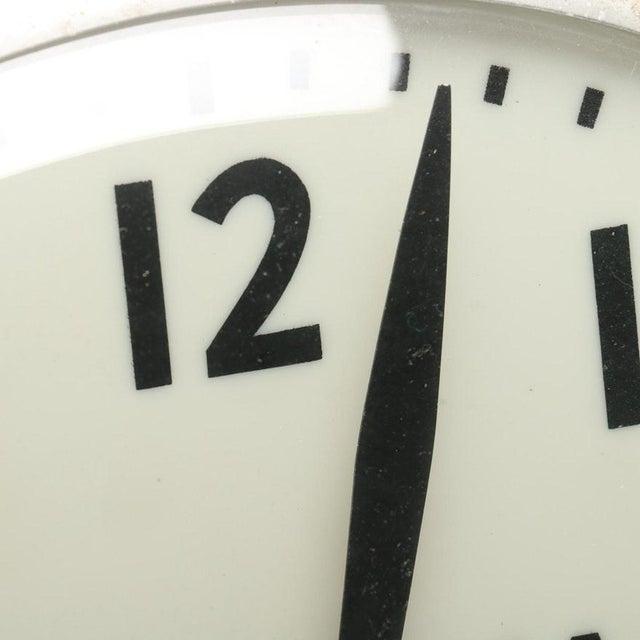 Mid-Century Modern Bulova Advertising Wall Clock For Sale - Image 3 of 8