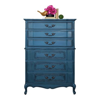1960s French Provincial Bassett Furniture Blue Chest of Drawers For Sale