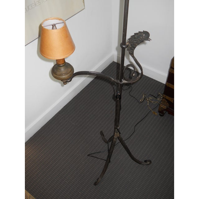 Americana Early 19th Century Wrought Iron and Brass Oil Lamp For Sale - Image 3 of 12