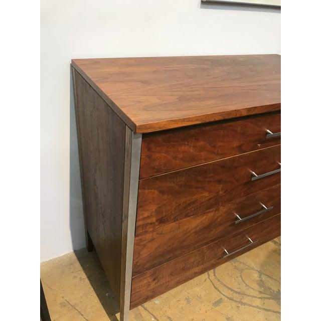 Mid-Century Modern Paul McCobb Walnut Dresser for Calvin For Sale - Image 3 of 5