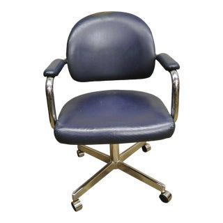 Vintage Chromcraft Mid Century Modern Blue Vinyl Rolling Office Desk Chair (B) For Sale