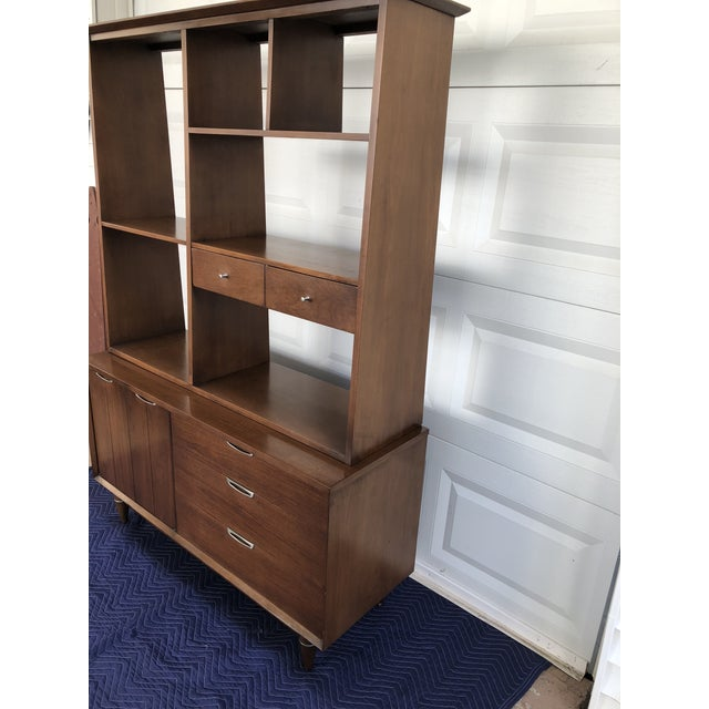 1960s 1960s Mid Century Modern Broyhill Premier Accent Line Hutch For Sale - Image 5 of 13