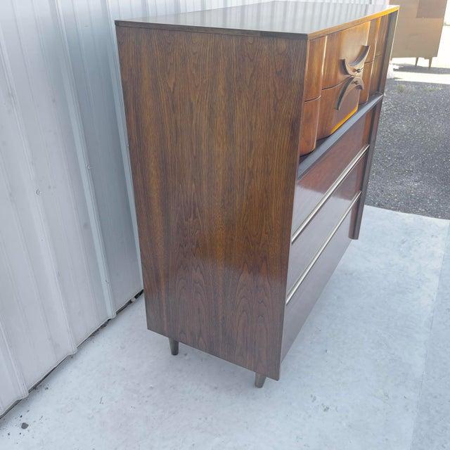 Mid-Century Modern Mid-Century Modern Highboy Dresser For Sale - Image 3 of 13