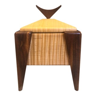 1980's Vintage Jerry Madrigale Wood Trinket Box For Sale