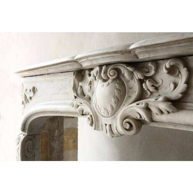 White 19th Century, Louis XIV Style, Antique Fireplace of Carrara Marble For Sale - Image 8 of 13