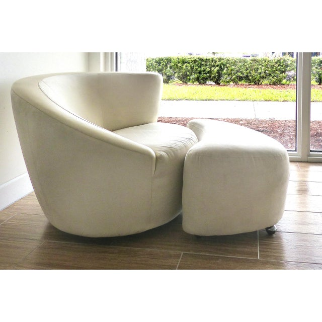 Offered fro sale is a Nautilus Chair and ottoman by Vladimir Kagan for Directional Furniture.- The set is upholstered in...