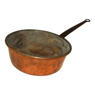 Early 19th Century French Copper Pot For Sale