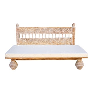 Whitewash Gulab Carved Daybed For Sale